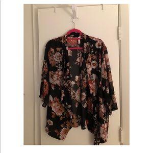 Xhilaration Black Floral Kimono